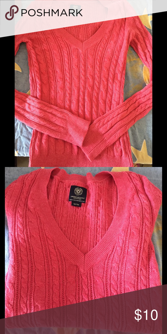 Mauve V Neck Sweater Good condition American Eagle Outfitters Sweaters V-Necks