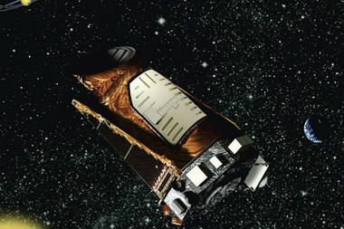 Keplers quest for an Earth-like planet orbiting a sun-like star has been put on hold, @Optivion #NASA said, after the spacecraft sensed it was facing in the wrong direction and put itself in safe mode.