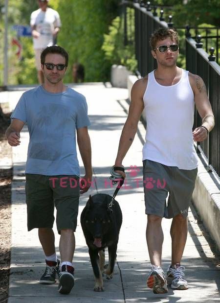 Photo of Breckin Meyer & his friend actor   Ryan Phillippe - United States