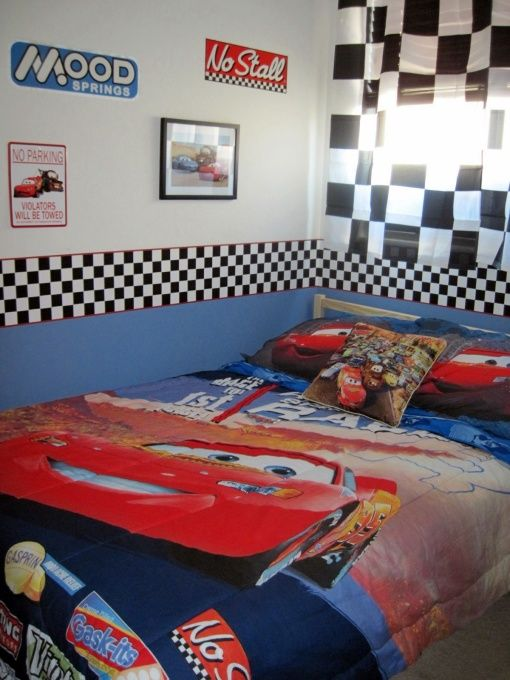Best Like The Checkered Flag Border On The Wall Cars Room Car Themed Bedrooms Room 400 x 300