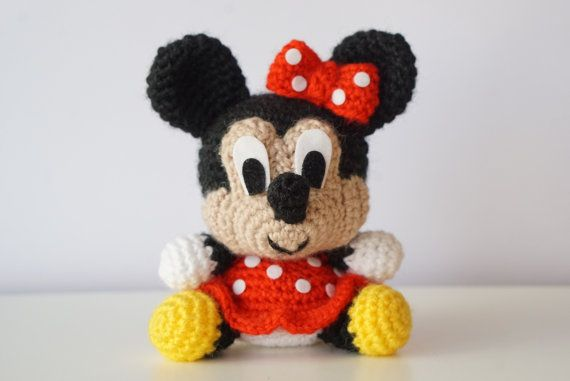 Mickey Mouse and the Gang - PDF amigurumi crochet pattern ... | 381x570