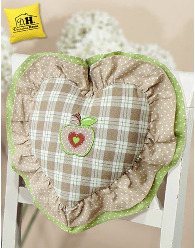 Cuscino schienale a forma di cuore angelica home country for Angelica home country