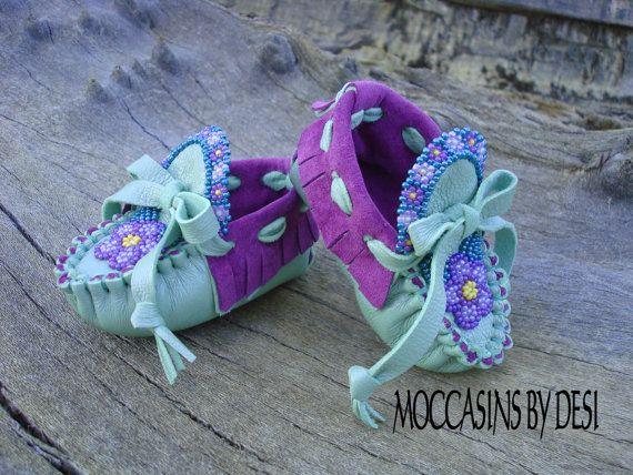 12e4db931a328 Newborn Moccasins By Desi, Flower Garden, Beaded, Soft Purple ...