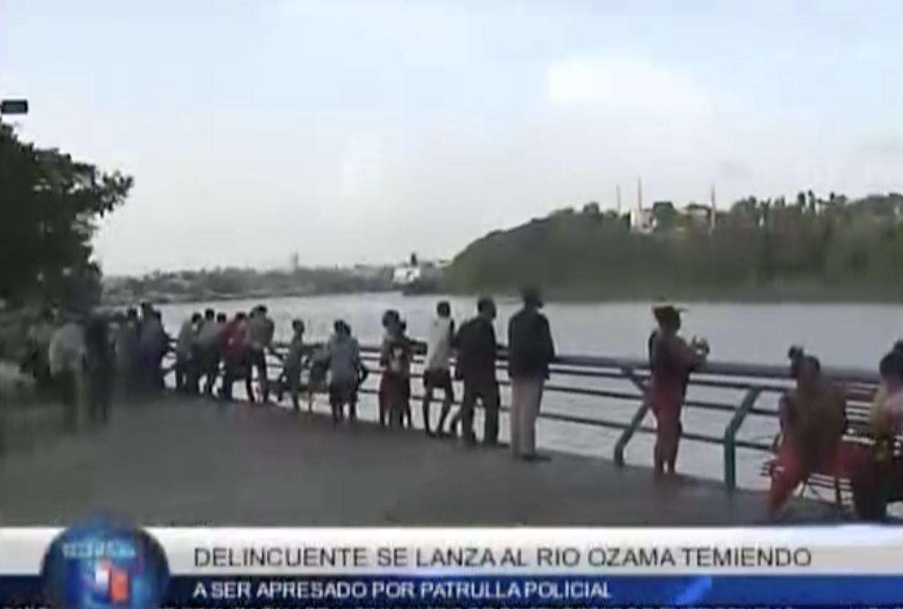 Delincuente Se Lanza Al Rio Ozama Temiendo A Ser Apresado Por Patrulla Policial