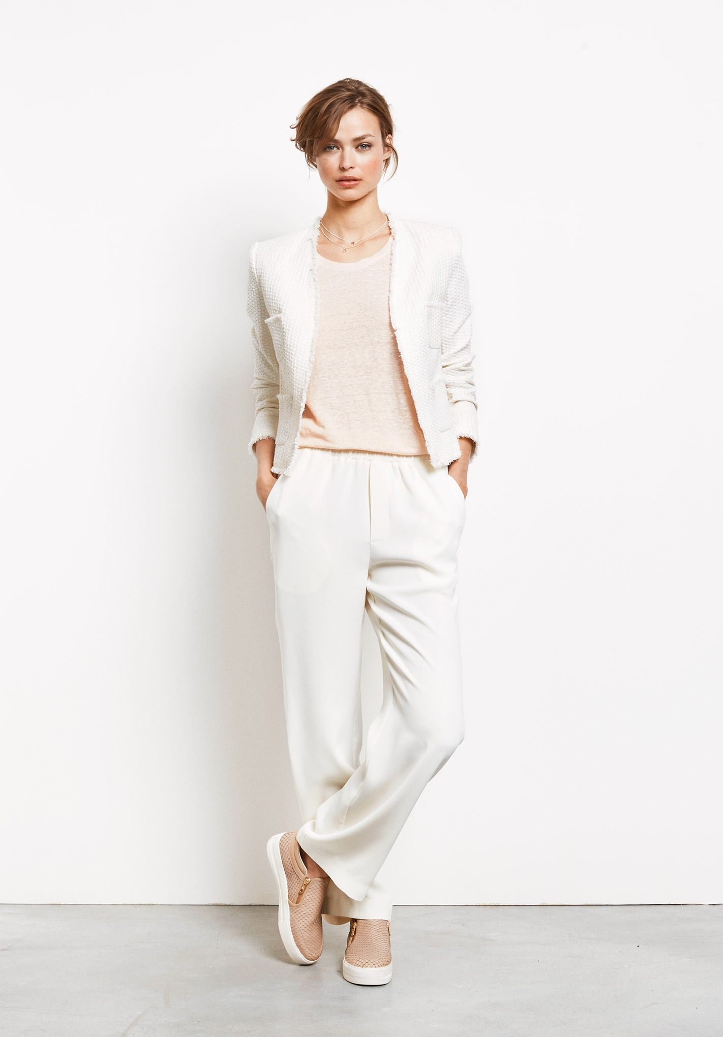 The epitome of chic dressing, this tailored jacket will smarten any outfit instantly. A minimal style that's timeless.