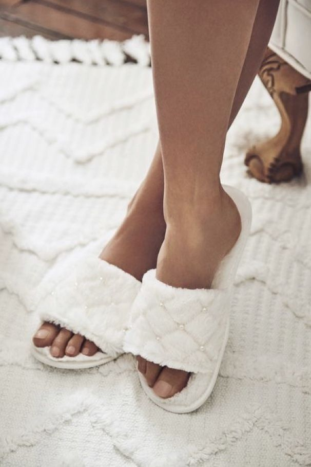 Pin By Ruby 2 0 On Bed And Breakfast Inn Bridal Slippers