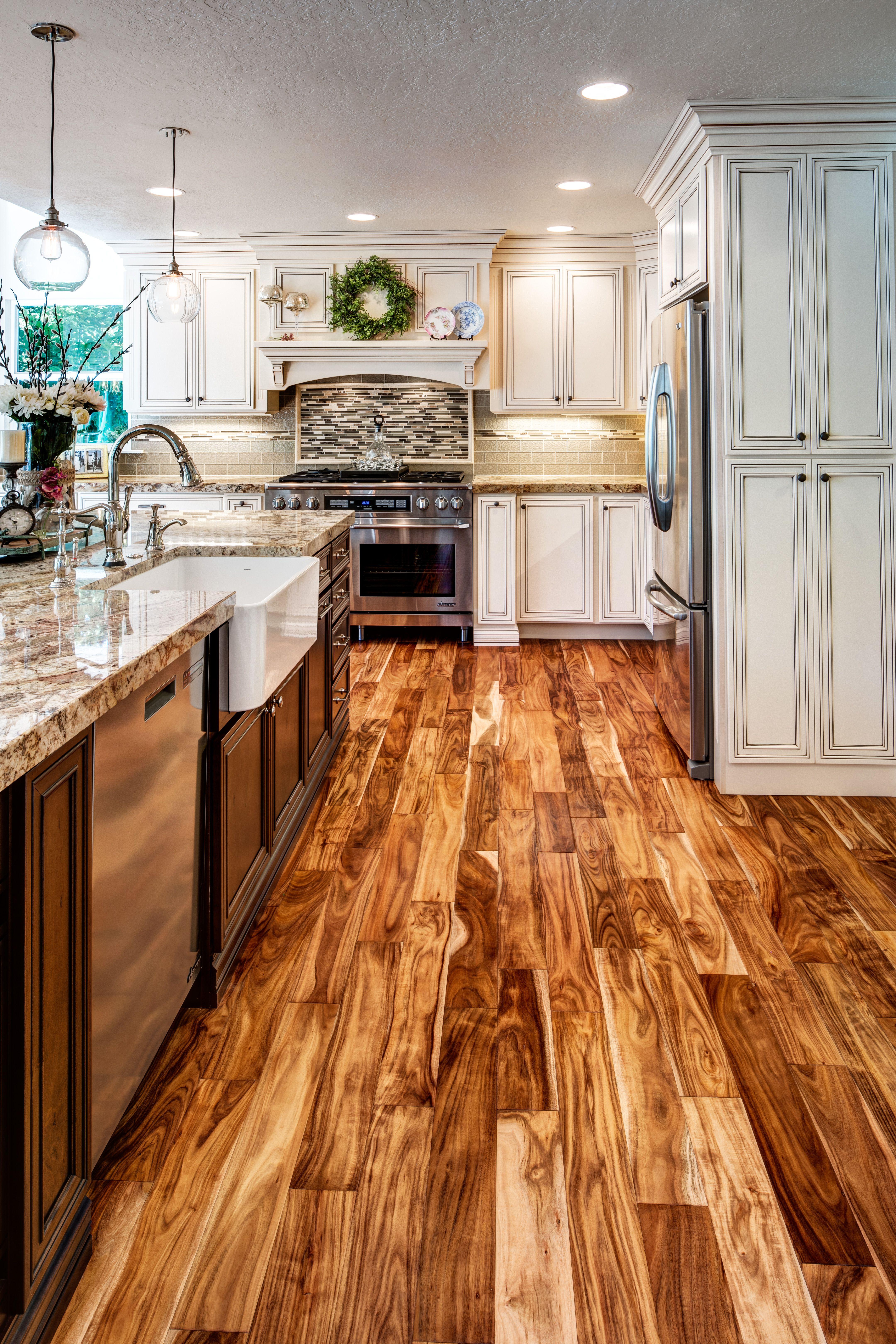 Villa Maple Linen Toffee Dark Kitchen Cabinets Dark Kitchen Home Remodeling