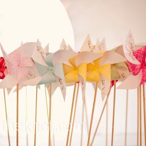 pinwheel escort cards!!
