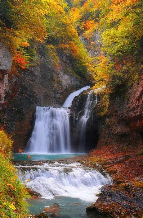 waterfall tree houses \u0027n magical places 4 Pinterest Paisajes
