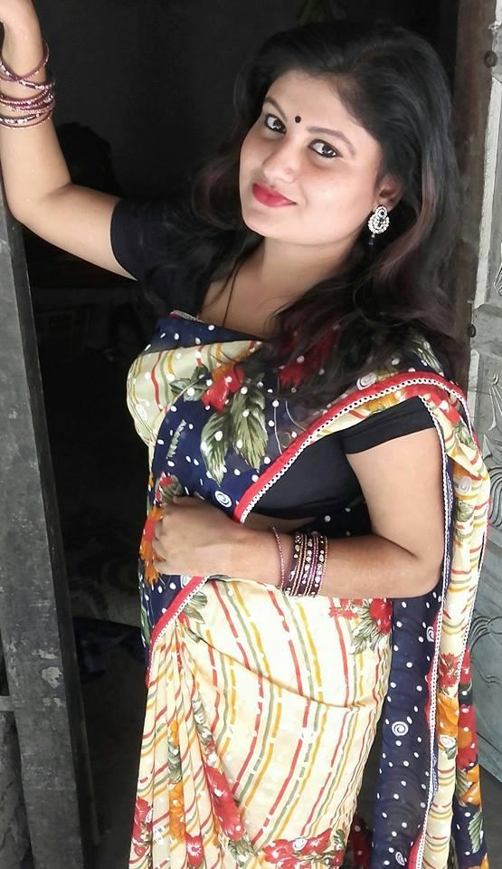 Desi Beauty Cheer Girl