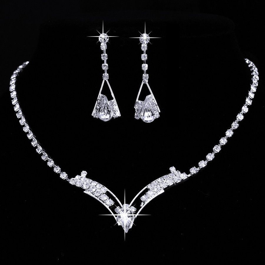 Women sparkling v shaped rhinestone crystal necklace earrings set