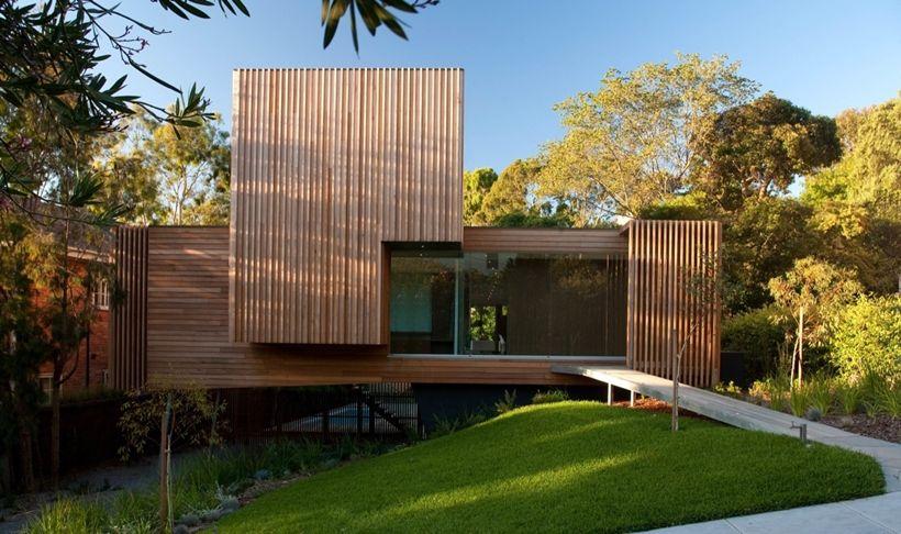 Maison contemporaine en bois sur pilotis | Hausbau