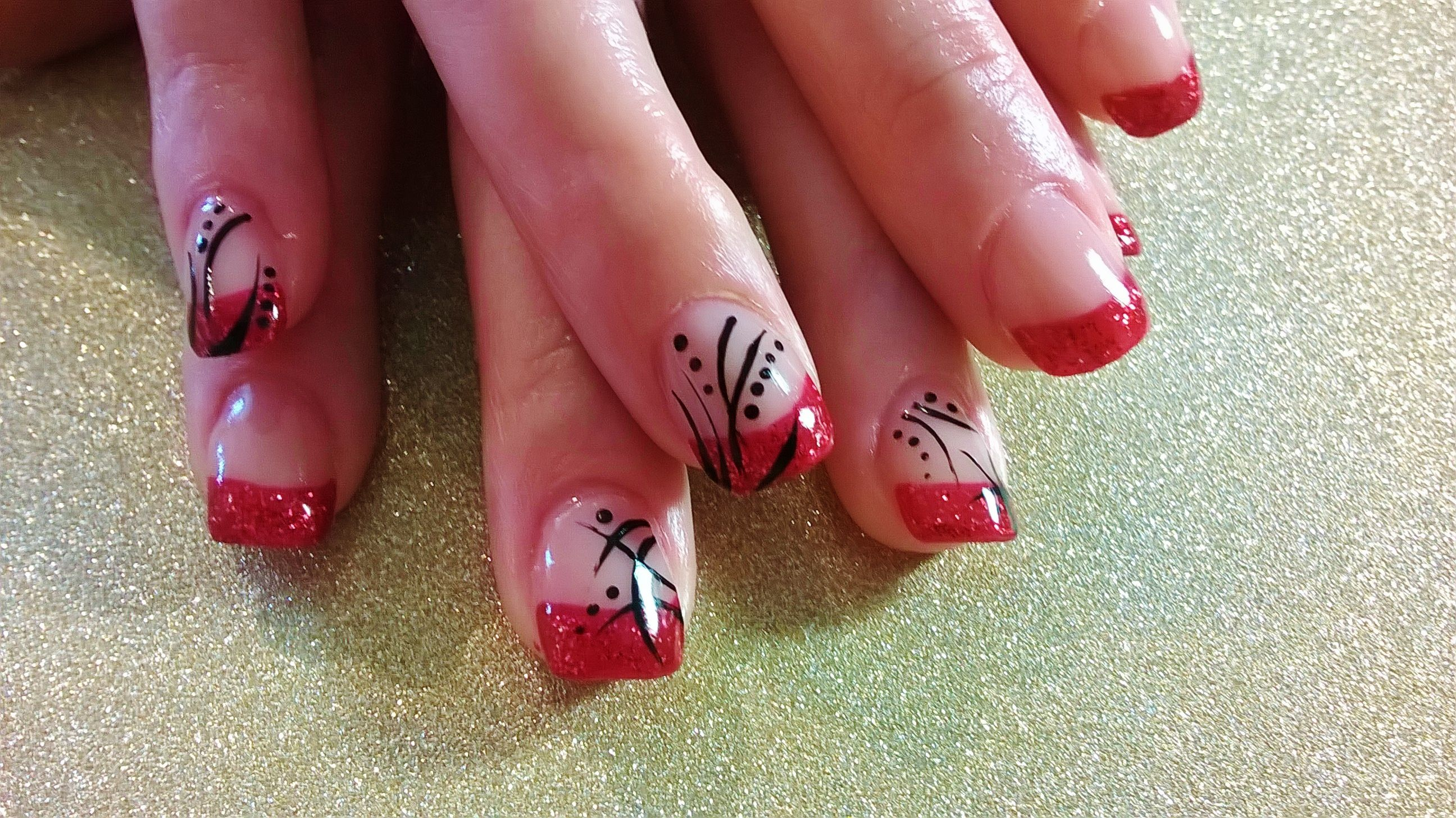 Red french tips nails, black nail art | Ongles | Pinterest | Black ...