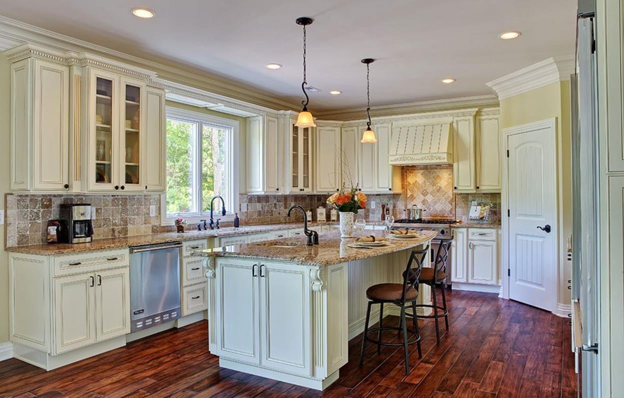 Vintage Kitchen Cabinets 11 in 2020 | Antique white ...