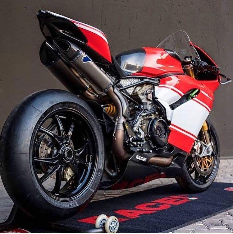 Ghim Của Vaniel Trên Superbike