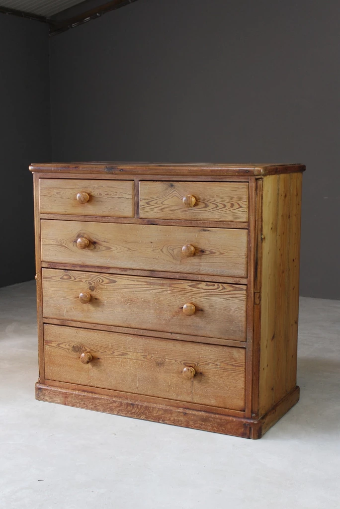 Rustic Pine Chest Of Drawers Kernow Furniture Pine Chests Antique Pine Furniture Rustic Chest
