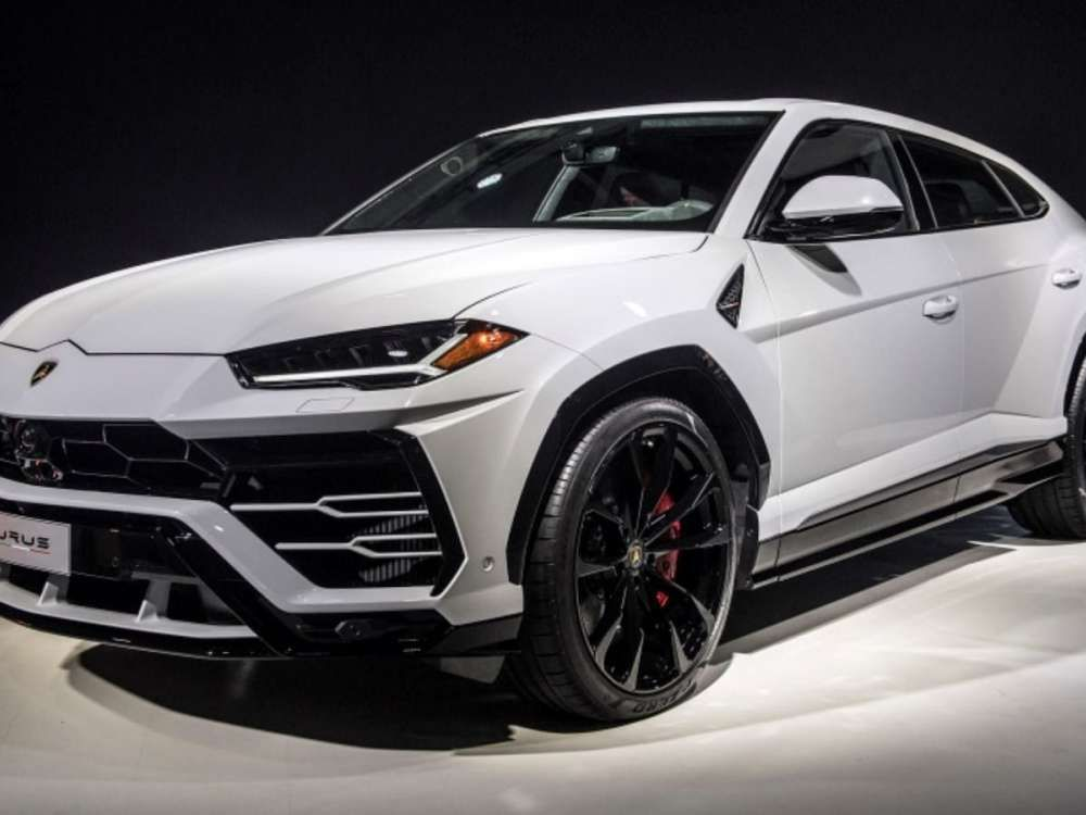 2019 Lamborghini Urus Luxury Suv White Color Tags 2019