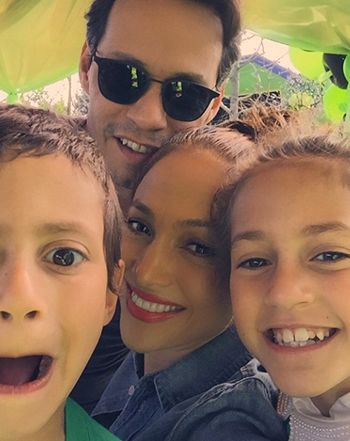 Exes Jennifer López and Marc Anthony took a cute selfie with their twins Max and Emme while celebrating their 7th birthday on Saturday, Feb. 21