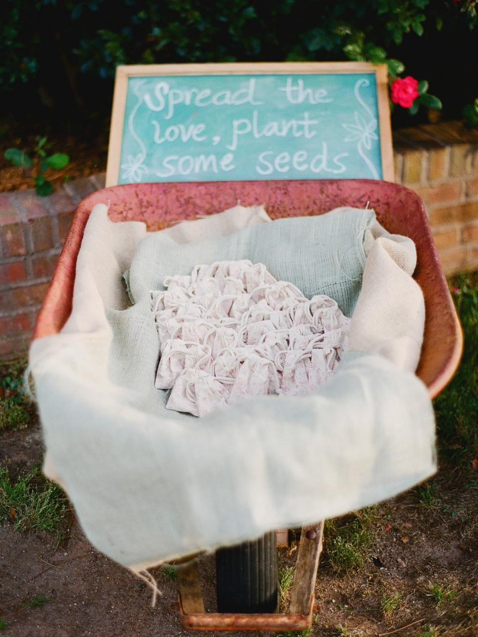 Weddings: Party Favor Projects and Ideas   Favors, Wedding and ...