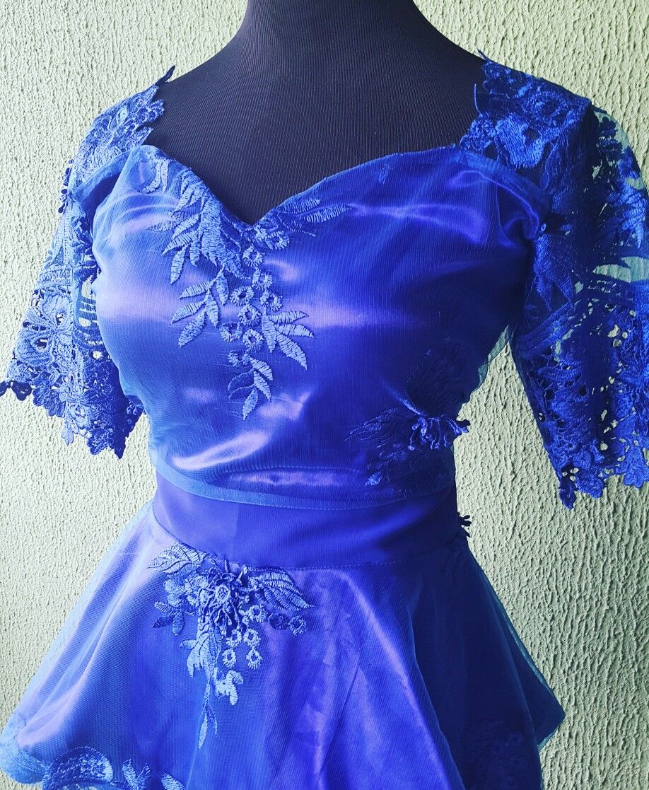 Blue lace skirt and blouse Asoebi 💙 for the perfect wedding guest #houseofnavayle #africanwedding #nigerianwedding  houseofnavayle.blogspot.com