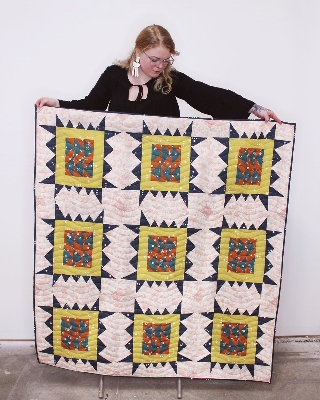 Paige Anderson Modern Quilter On Instagram Hi Hello The Sawtooth Stamp Quilt Pattern Is Out Today Quilt Patterns Quilts Traditional Quilts