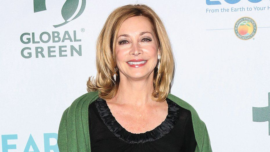 Nypd Blue Star Sharon Lawrence Recalls How Steven Bochco Championed
