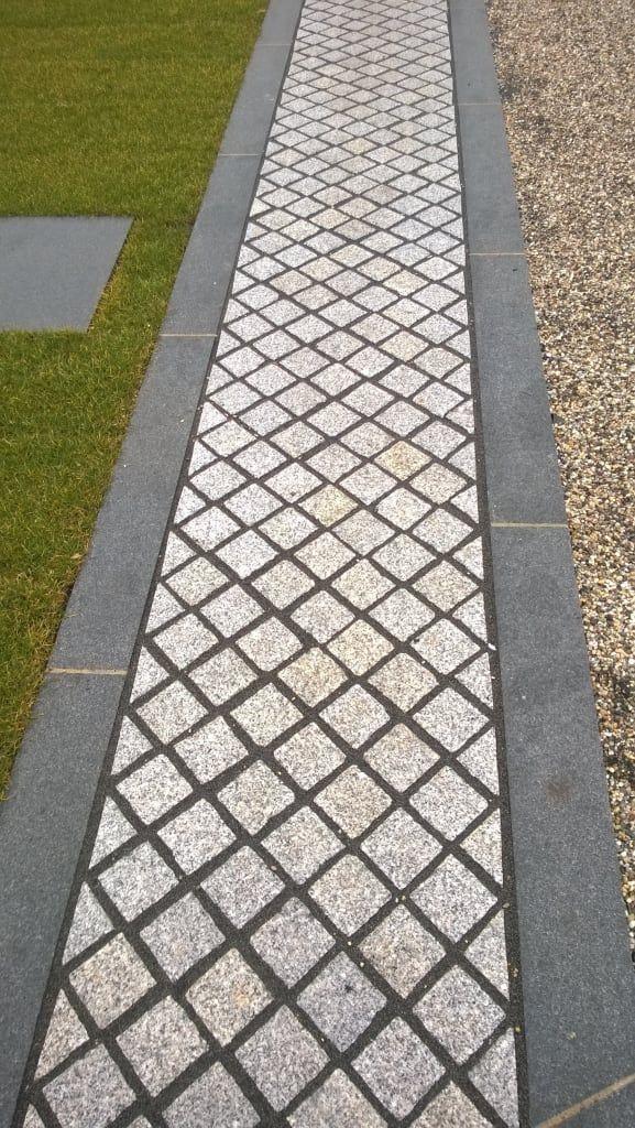 Finde Moderner Garten Designs: Weg Aus Granit. Entdecke Die Schönsten Bilder  Zur Inspiration Für