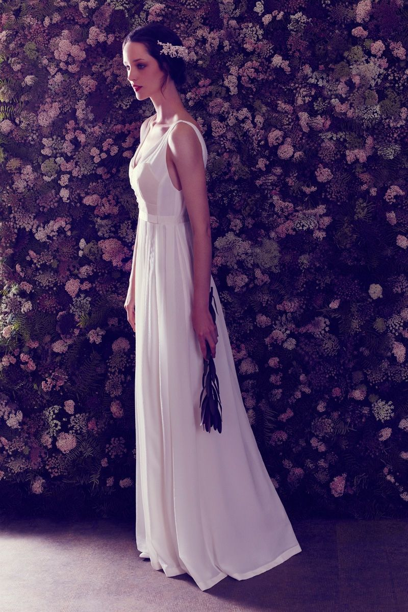 Ailanto 2017 Bridal Campaign | Wedding dress, Campaign and Rouge