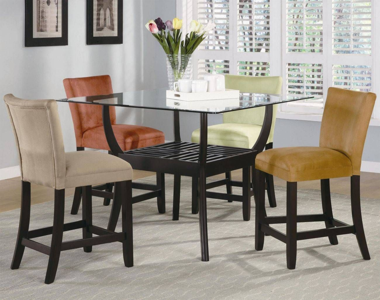 17++ High top dining table and chairs Best Seller