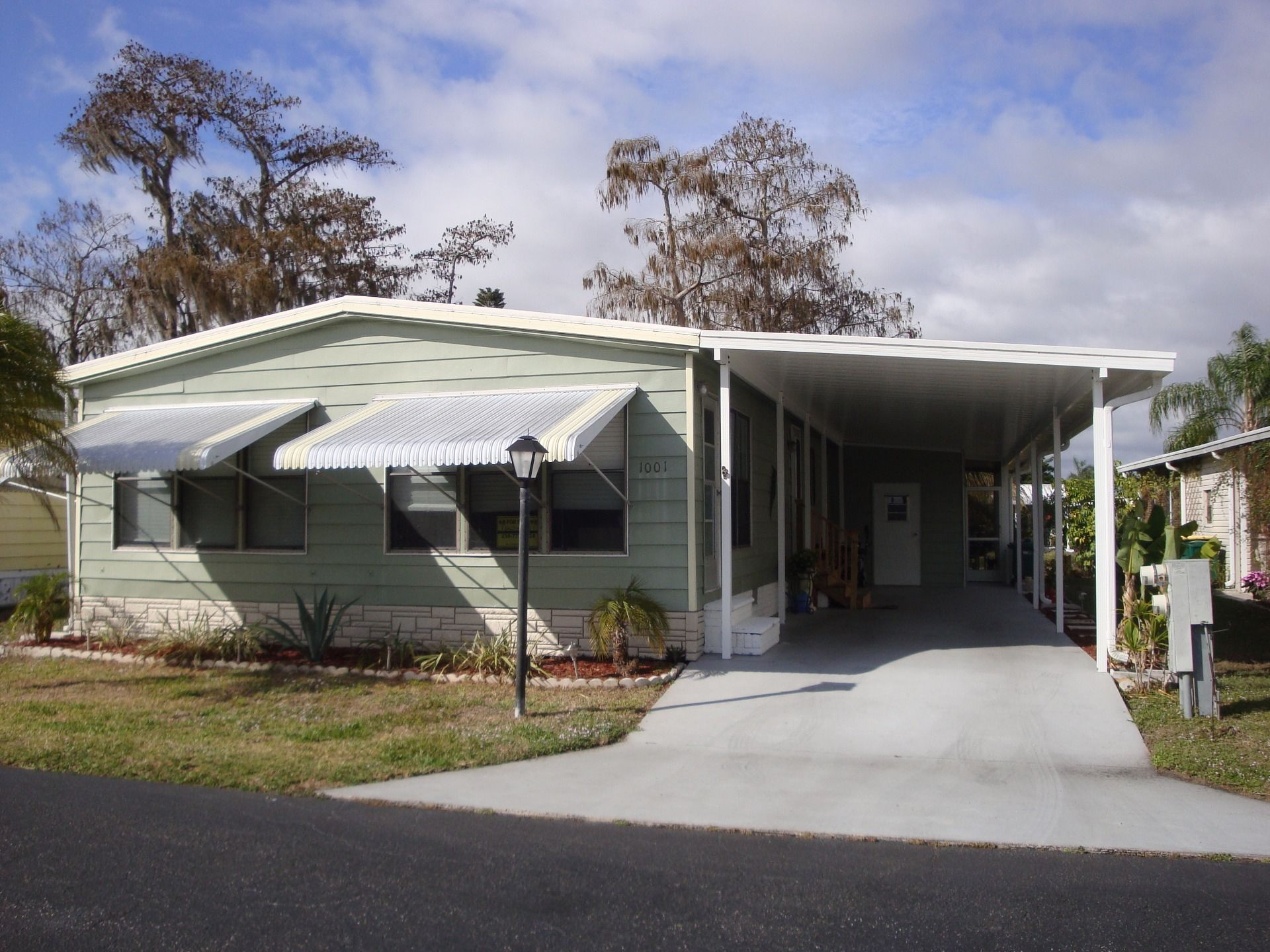 Front View Sheridan Mobile Manufactured Home In Naples Fl Via