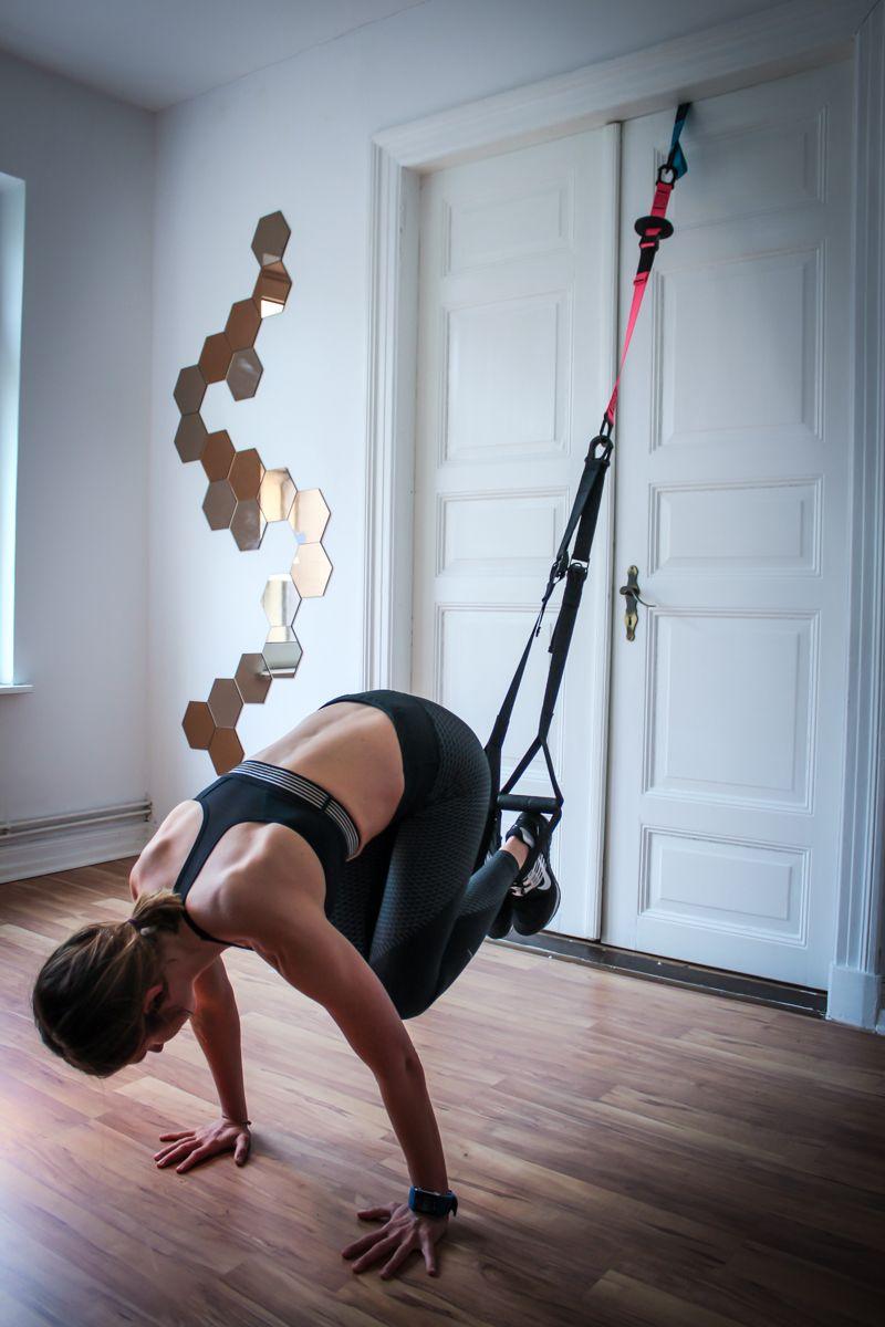 sling trainer workout 31 schlingentrainer bungen f r. Black Bedroom Furniture Sets. Home Design Ideas