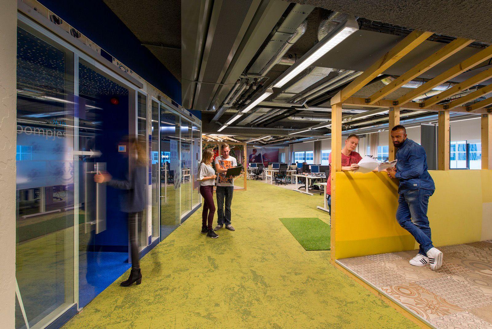 Office Tour Vodafoneziggo Offices Rotterdam Rotterdam # Muebles Rotterdam Bogota