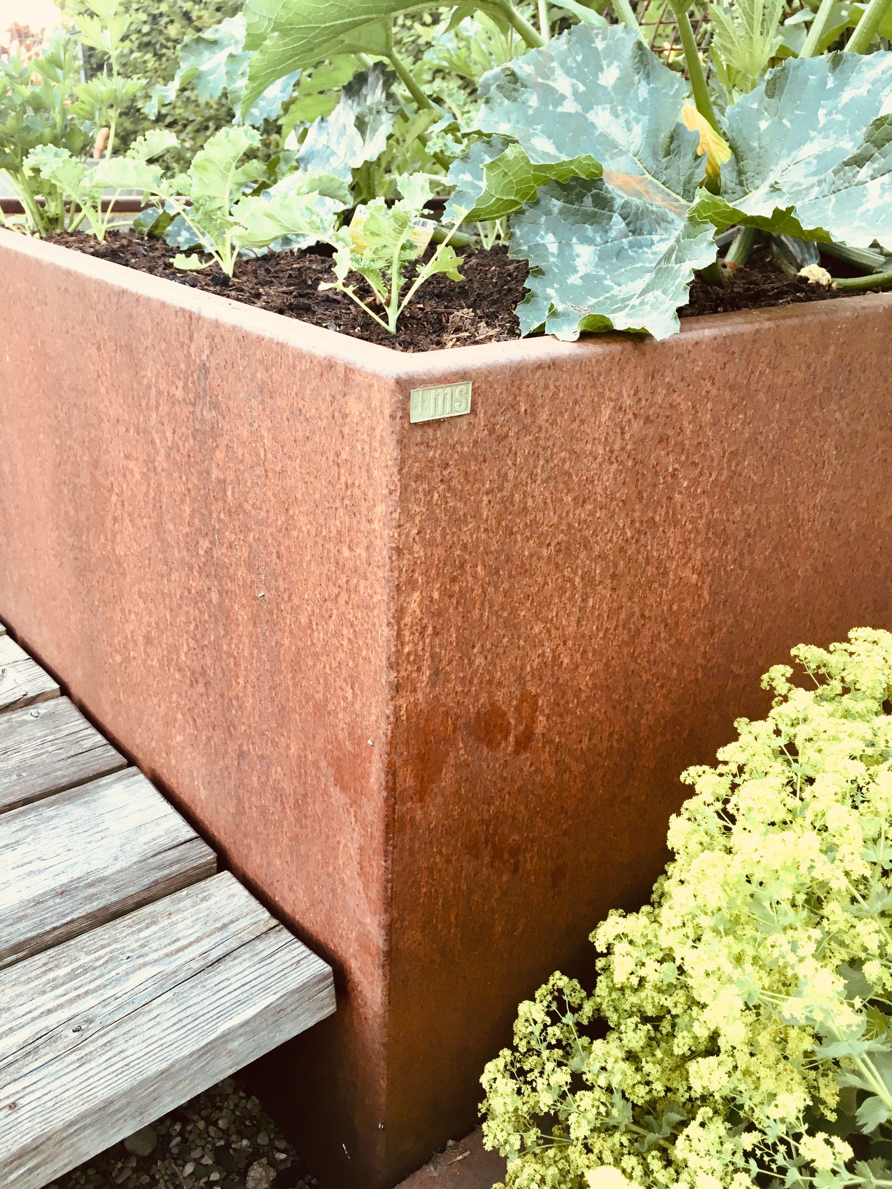 Hochbeete Aus Cortenstahl In Individuellen Grossen Hochbeet Haus Und Garten Garten
