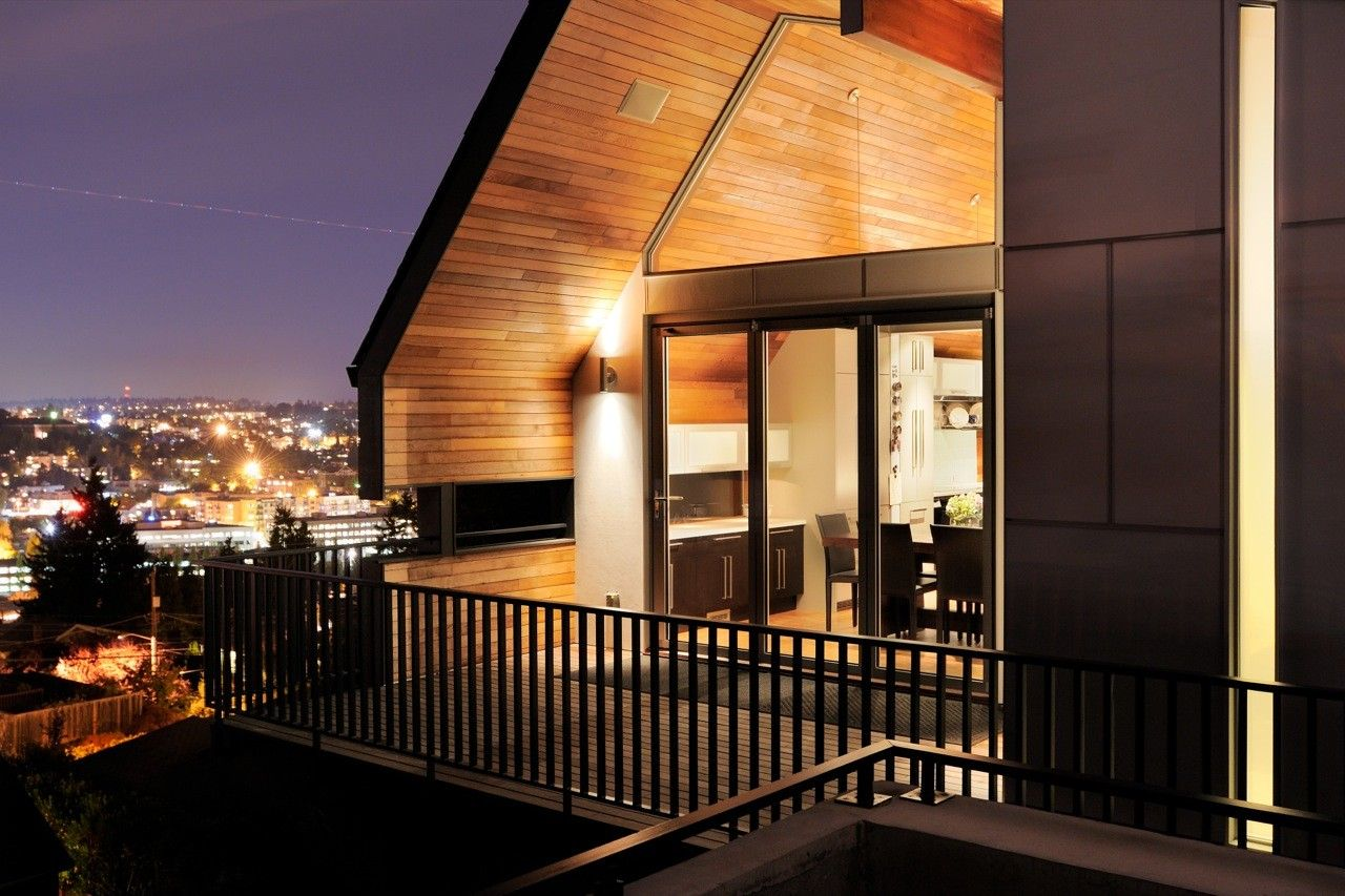 Gallery of Queen Anne Mid-Modern / Coop15 Architecture - 2