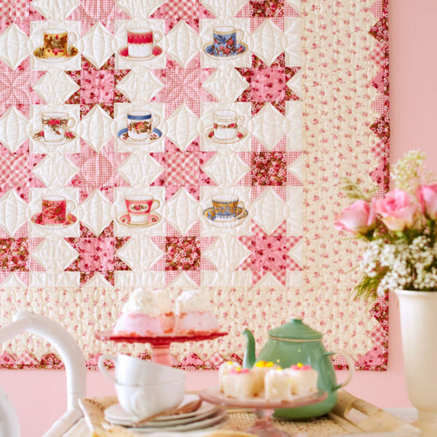 "The secret to creating this field of stars is not in the blocks, but in the sashing. ""Sweet Tea"" FREE pattern download"