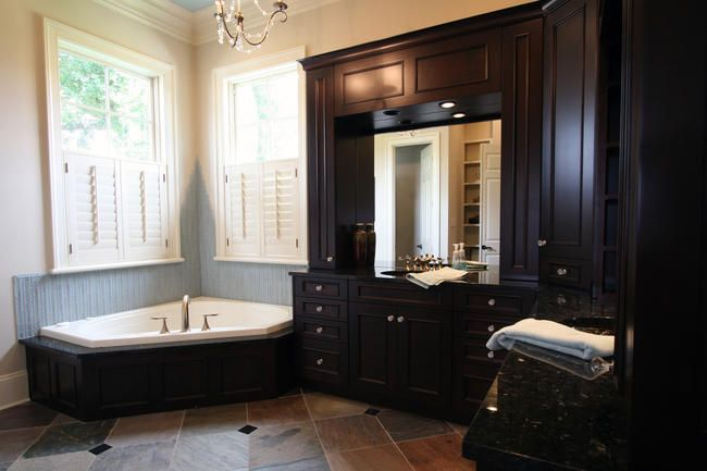 Old Metairie Bathrooms Classic Cupboards Custom Bathroom Cabinetry Design Bathroom Cabinetry