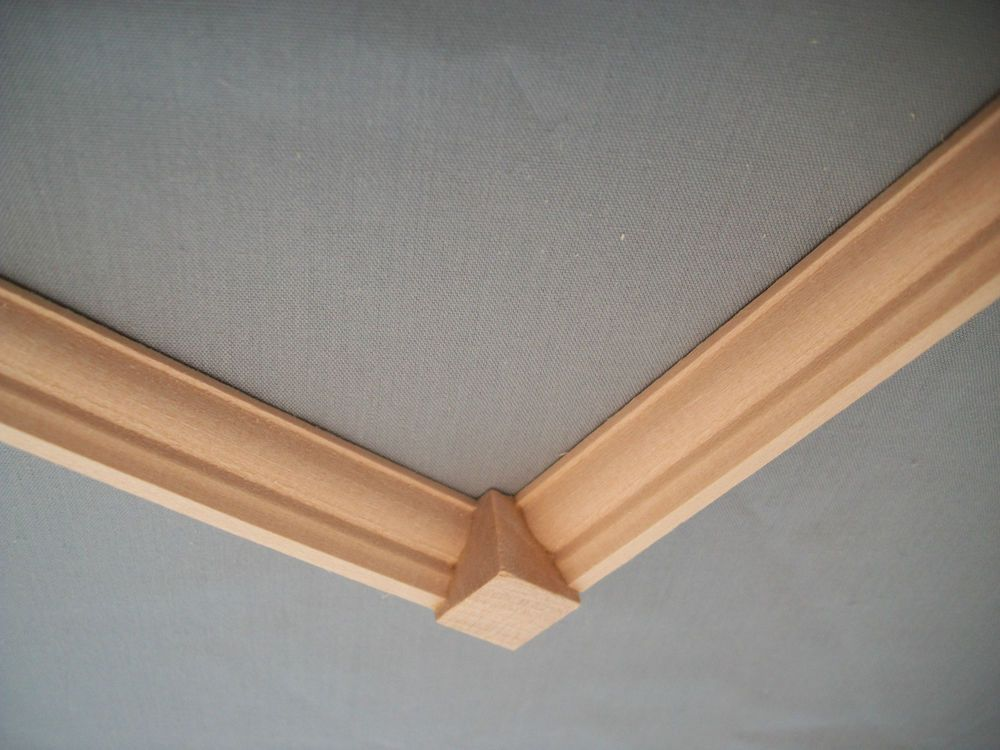 Crown Molding Corner Block 1/2