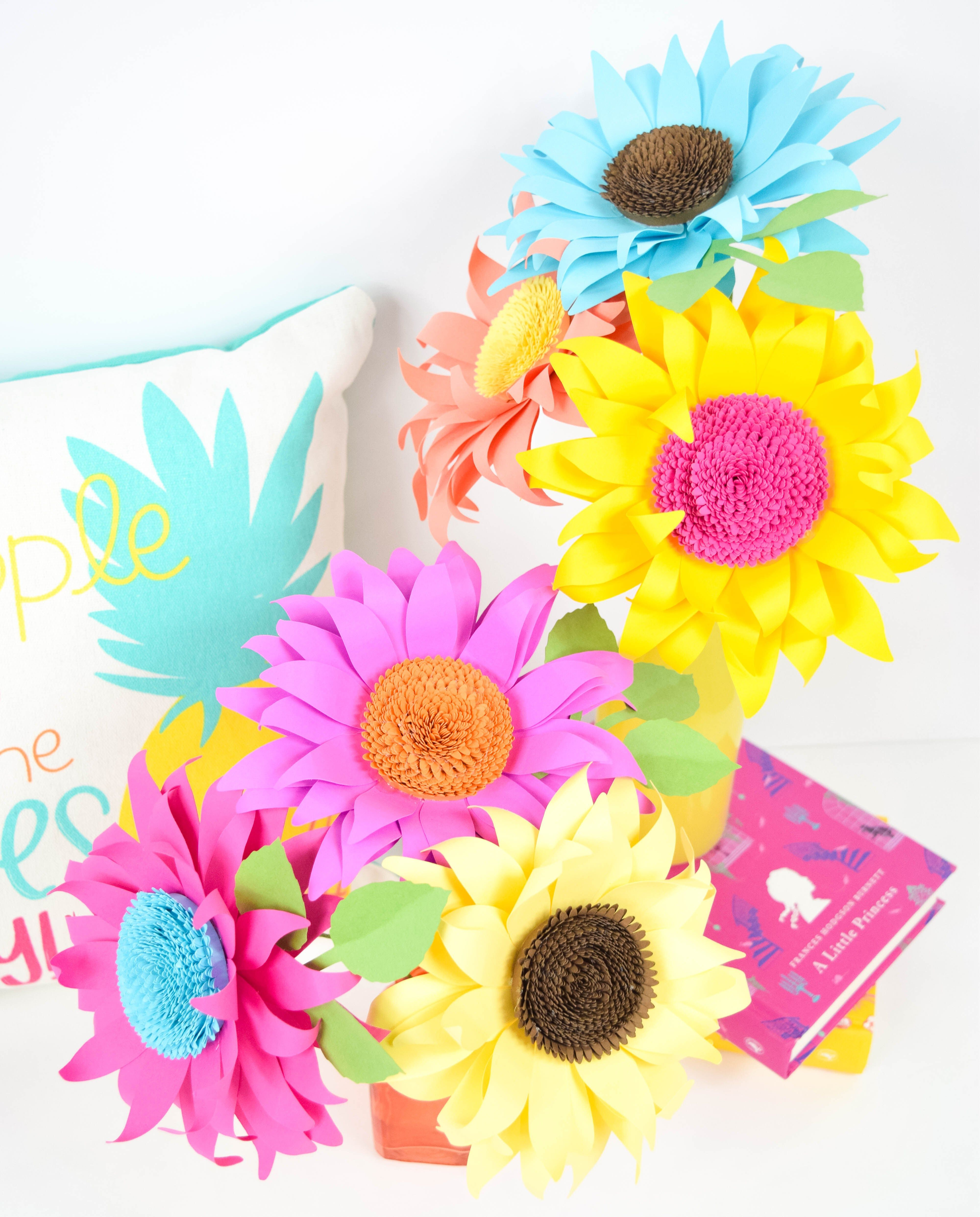 Paper Sunflower Tutorial: How to Make Classic Paper Sunflowers ...