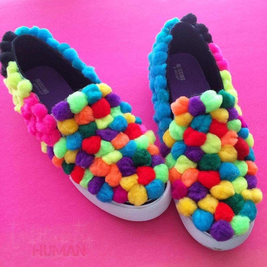 403444277b6ad My Life in DIY: POM POM [Puff Ball] Tennis Shoes! | DIY inspiration ...