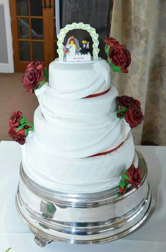 Lego Themed Topper With Red Roses Wedding Cake Cakes For Men