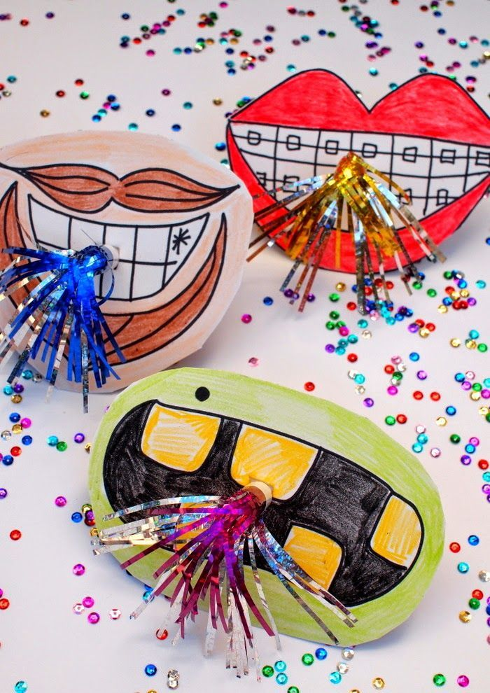 new years party horn photo props fun and easy diy to make with the kids