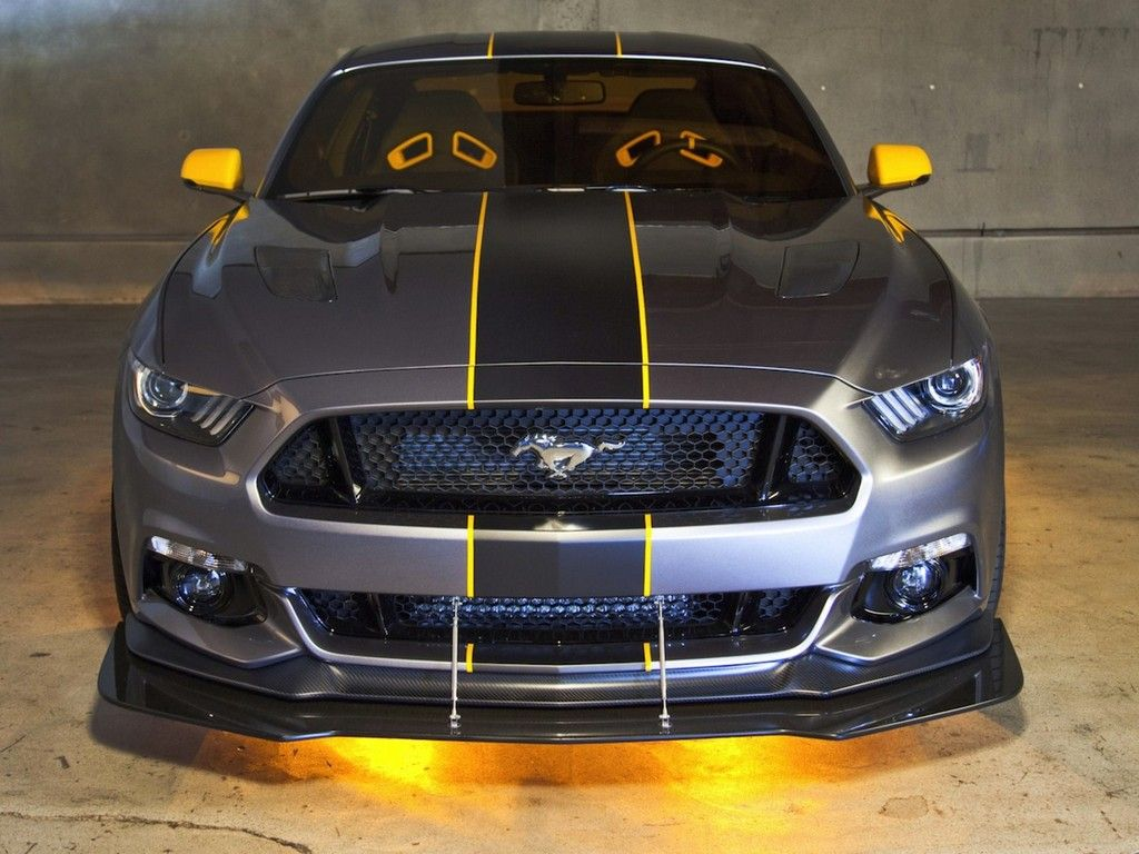 2015 guard metallic mustang in yellow pinstripes matching side view mirrors