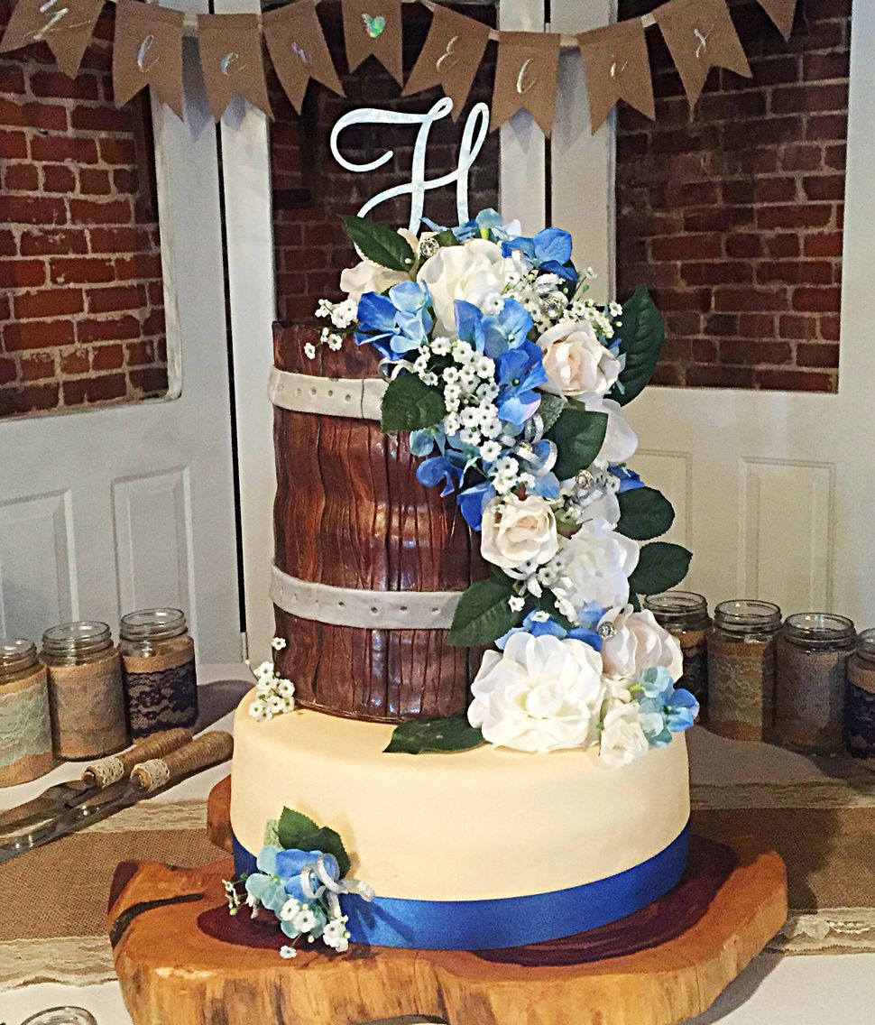 Country themed wedding cake made by Cisha's Cakes Themed