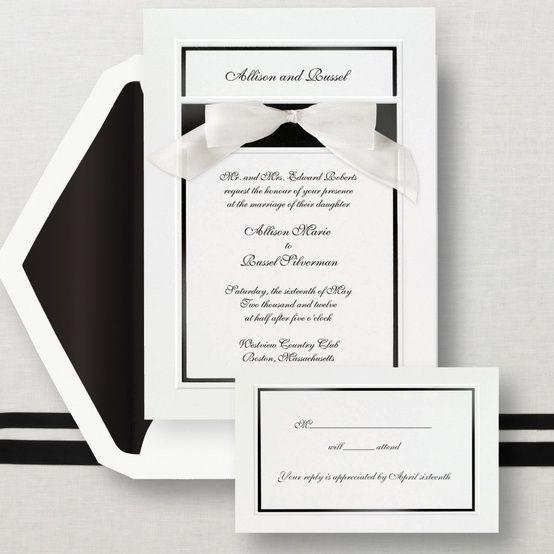 結婚式の招待状は手作りをする人が増えているって知っていますか?難しそうに見えますが、テンプレートやキットを使うと誰でも意外と簡単に作ることができるんですよ。これから結婚式を控えたMr.JOOYの皆さん、招待状作りを全て新婦に任せるのではなく、二人だけのオリジナルを一緒に作ってみてはいかがでしょうか?