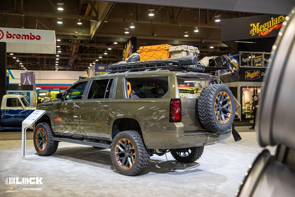 Chevrolet Suburban Built For Country Music Star Luke Bryan At The 2017 Sema Show In Las Vegas Chevy Suburban Chevrolet Suburban Chevy