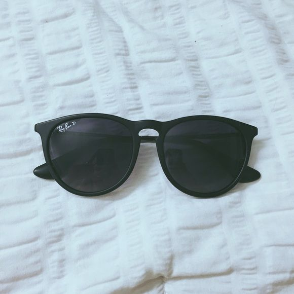 ray ban shades for sale  Matte black Ray Bans-H\u0026M makes a very good knockoff of the Club ...