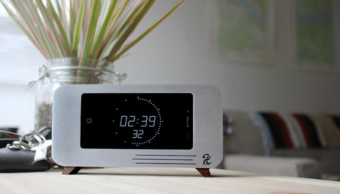 iPhone Clock Dock