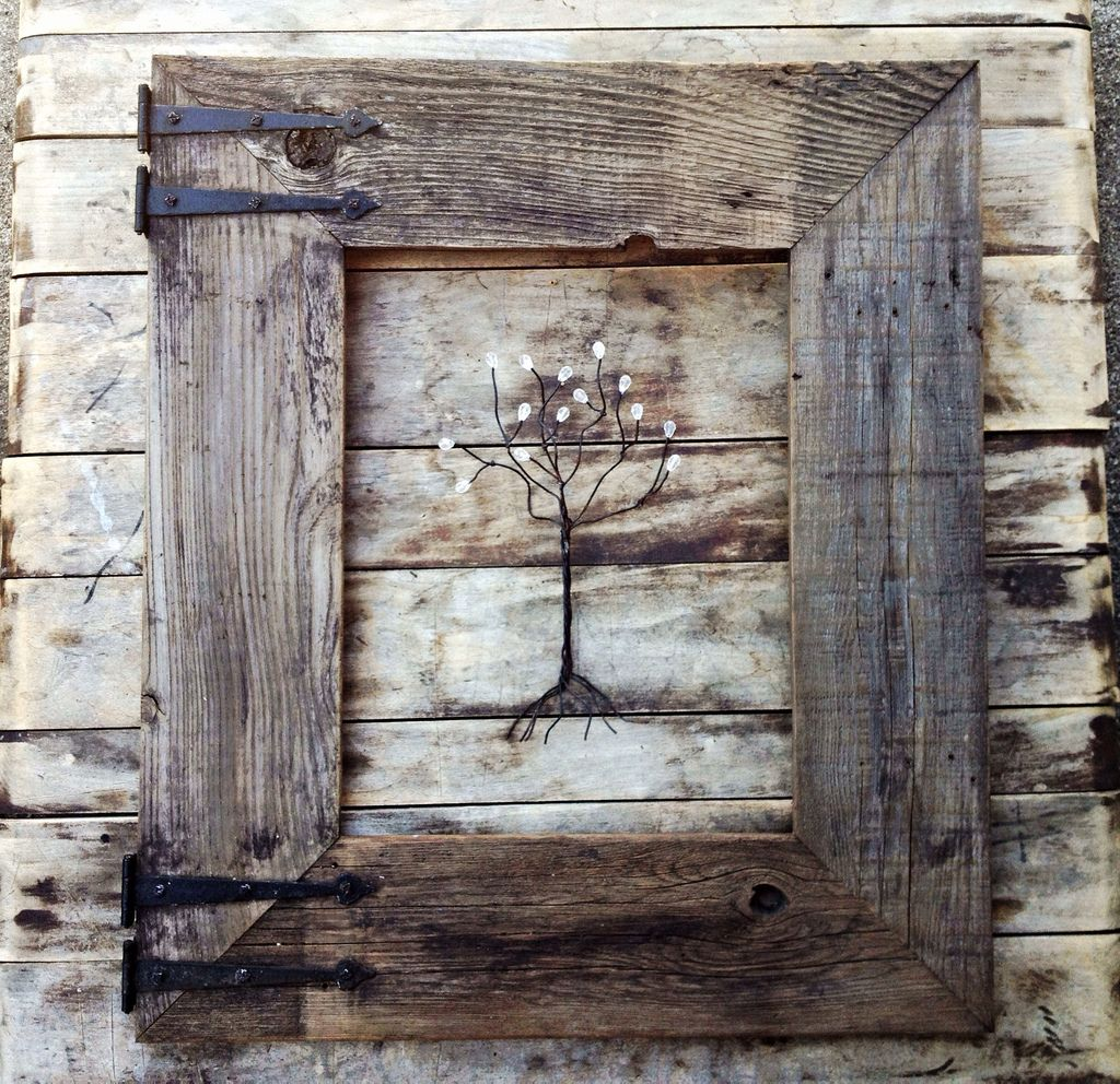 Rustic barn wood frame with vintage rustic hinges rustic for Northwoods decor