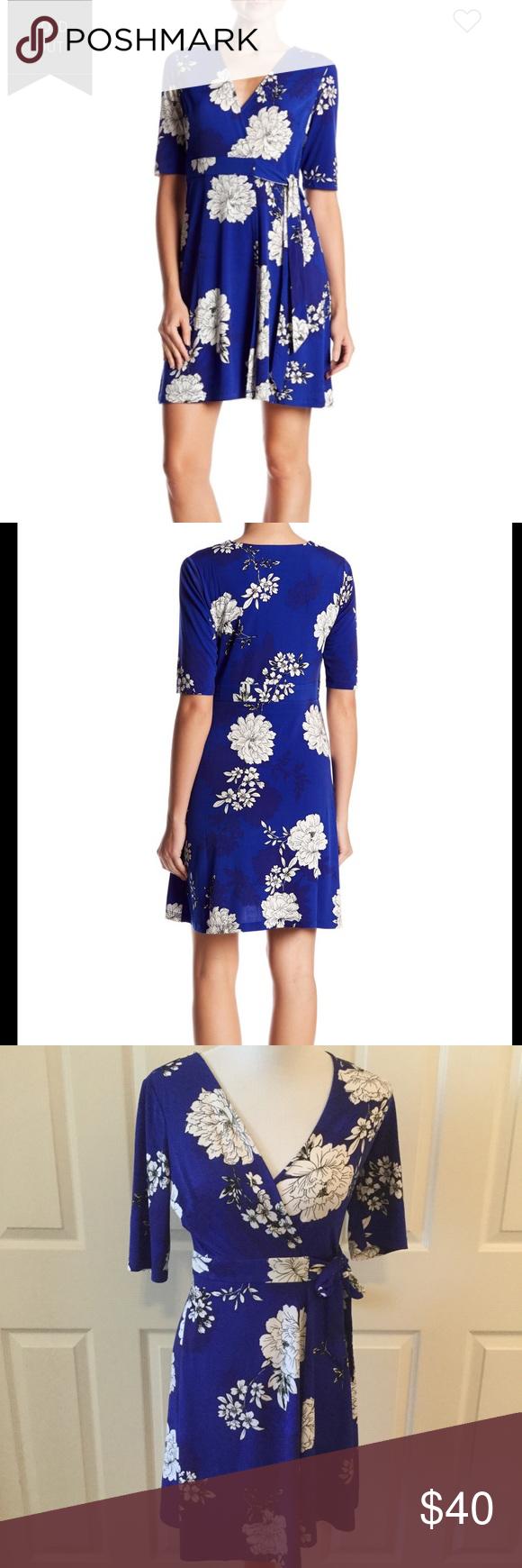 Royal Blue White Floral Vince Camuto Wrap Dress Royal Blue Dresses Wrap Dress Clothes Design [ 1740 x 580 Pixel ]