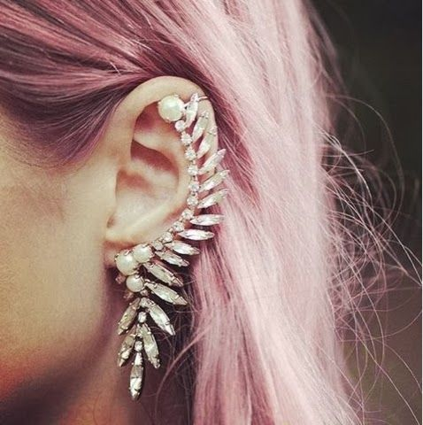 How to Chic: EAR CUFF
